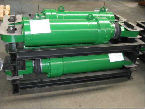 large-special-cylinders-with-rod-boots