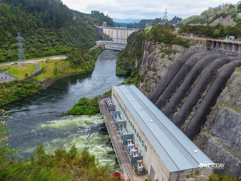 Waikato-river-maraetai-hydro-dam