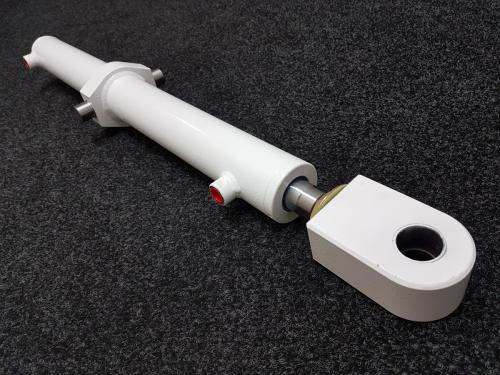 marine-cylinder-with-white-epoxy-coating