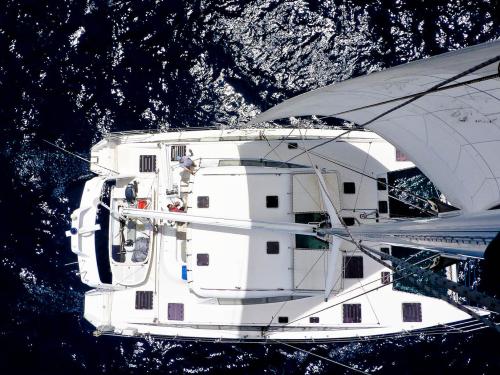 yacht-birds-eye-view